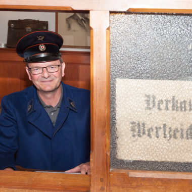 Ehrenamtlicher im Posthaus