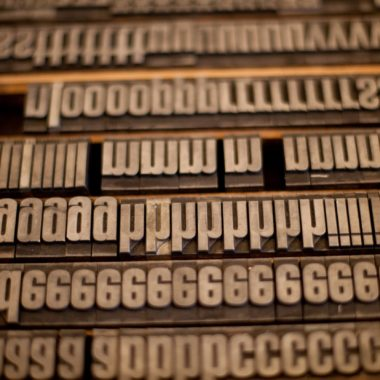 Buchstabensatz in der Druckerei