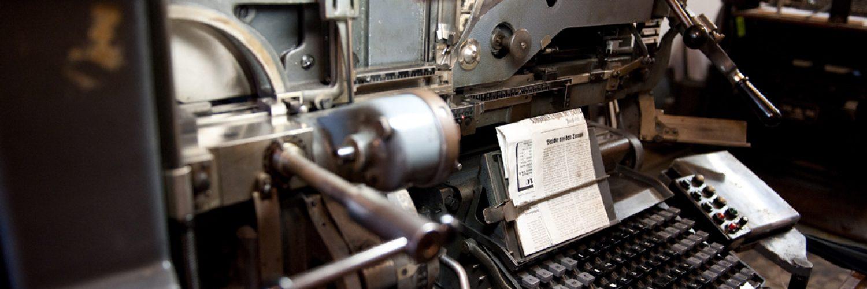 Historische Schreibmaschine in der Druckerei