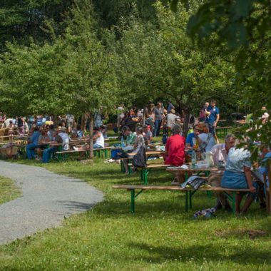 Förderkreismitglieder beim sommerlichen Picknick