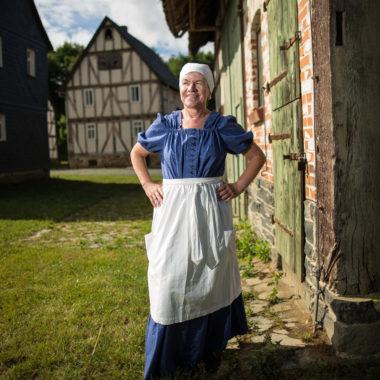 Die historische Hausfrau Sylvia Michels in ihrer Rolle als Frieda Sommer