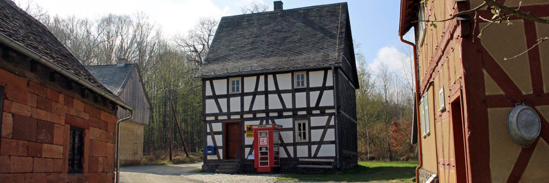 Außenansicht des Hauses aus Ahlbach