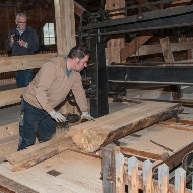 Processing timber in the saw mill