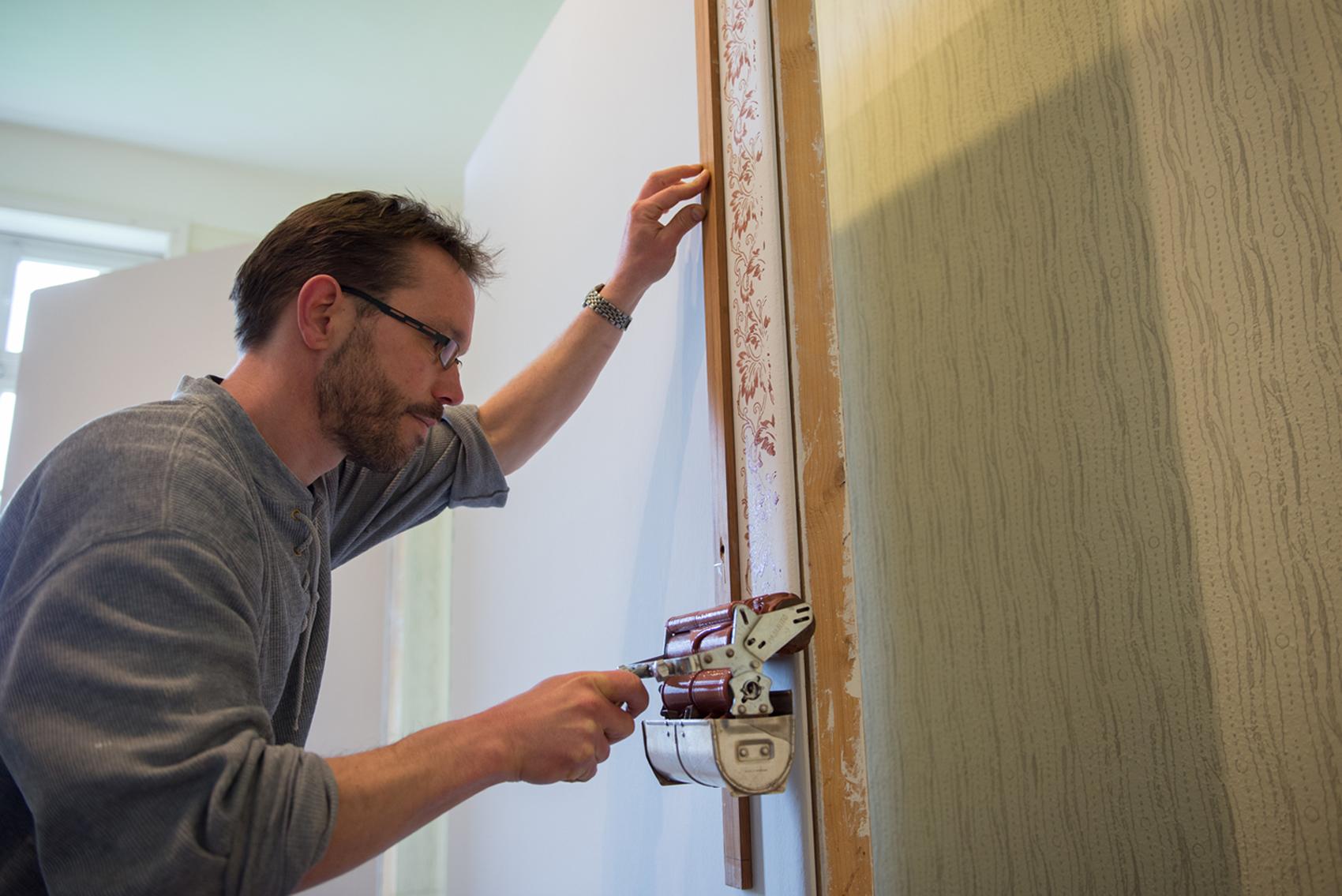 Maler beim Vorführhandwerk