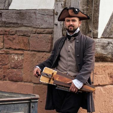 Schauspieler im historischen Kostüm
