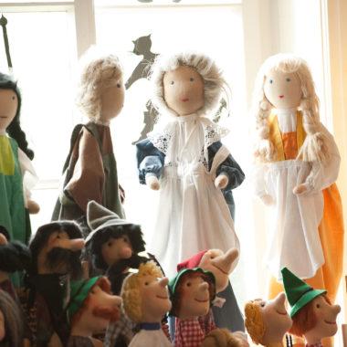Handpuppen in der Puppentheater-Werkstatt