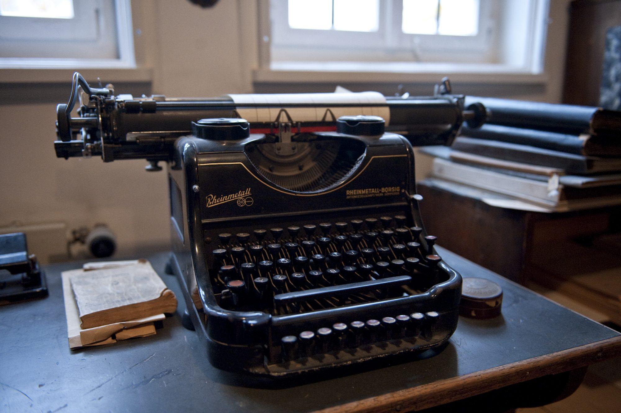 Schreibmaschine in der Druckerei