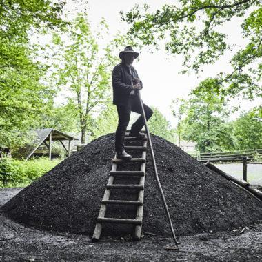 Köhler auf dem Kohlenmeiler
